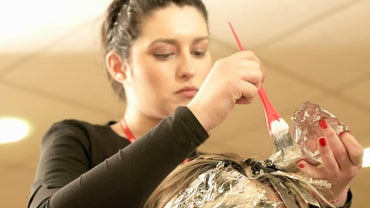 Is It Better to Dye Clean or Dirty Hair?