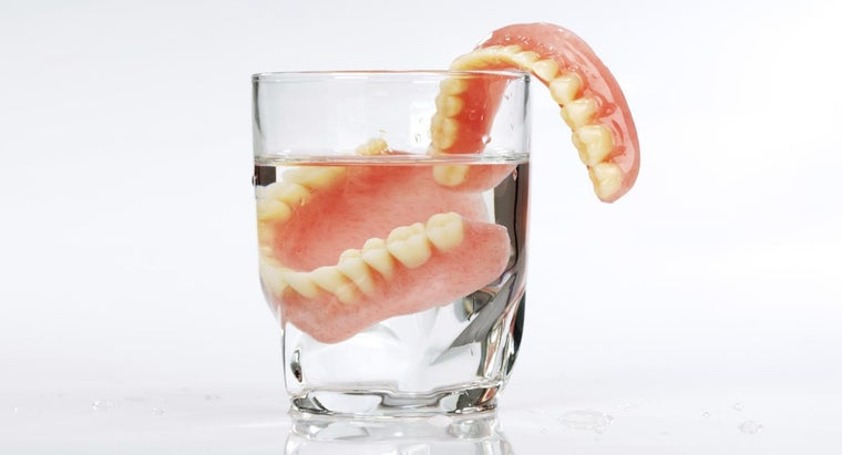 Is There a Big Difference Between Cheap and Expensive Dentures?