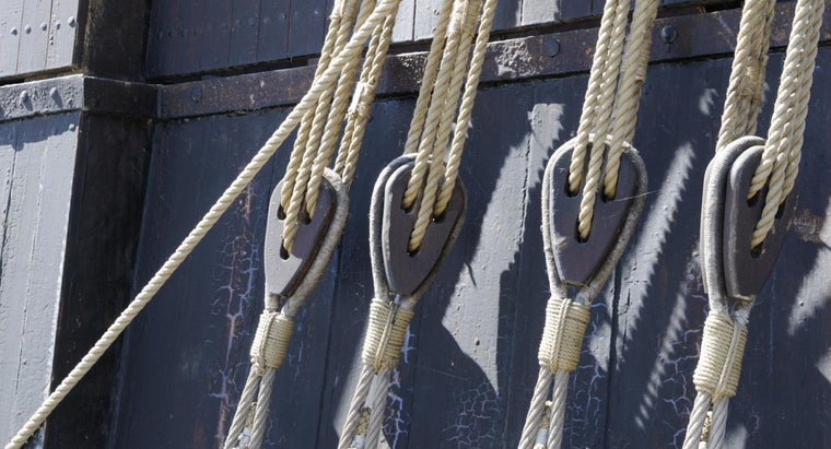 What Is a Block and Tackle Pulley System?