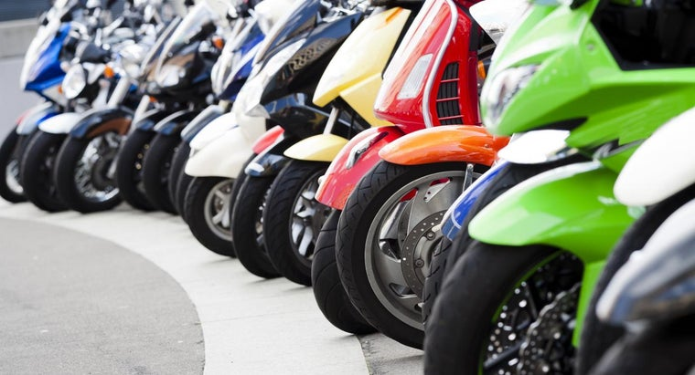 What Are Some Brands of Mopeds?