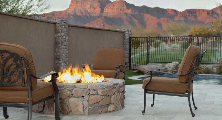 How Do You Build an in-Ground Fire Pit?