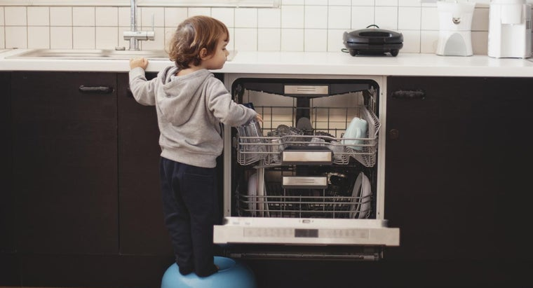 How Is a Built in Dishwasher Installed?