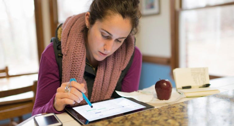 What Should a Bursary Application Letter Include?