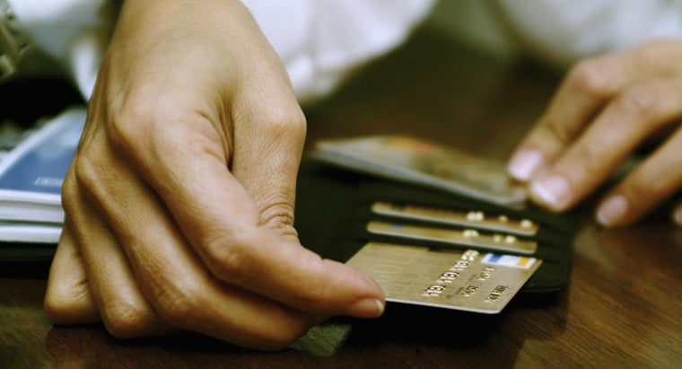How Can I Apply for a Credit Card in Canada?