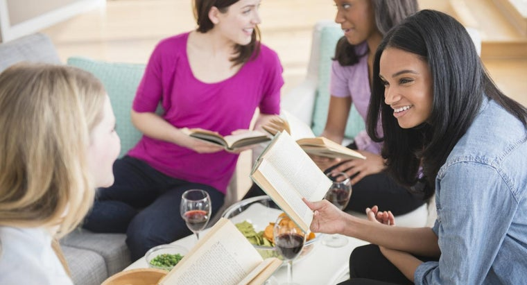 Where Can Book Club Leaders Find Discussion Guides Online?