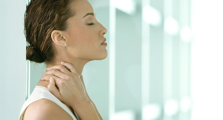 How Can You Ease Upper Back and Neck Pain?