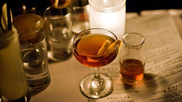How Can You Make a Manhattan Without Using Bitters?
