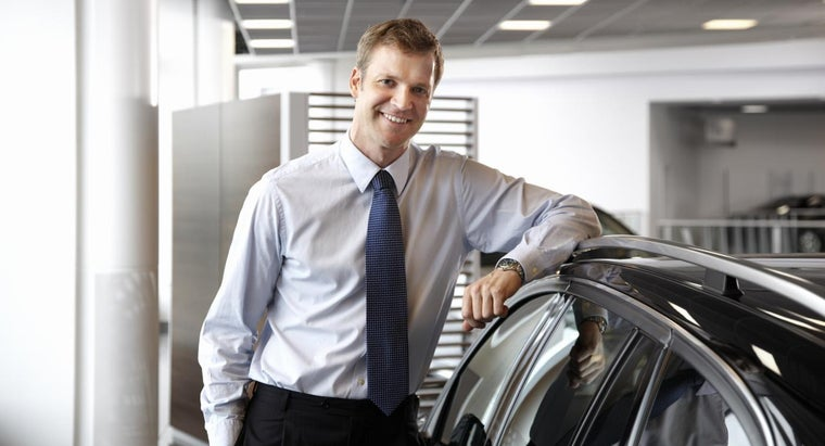 How Can I Negotiate With a Car Salesman for a New Car?