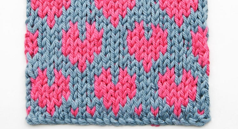 How Can One Knit Fair Isle Patterns?