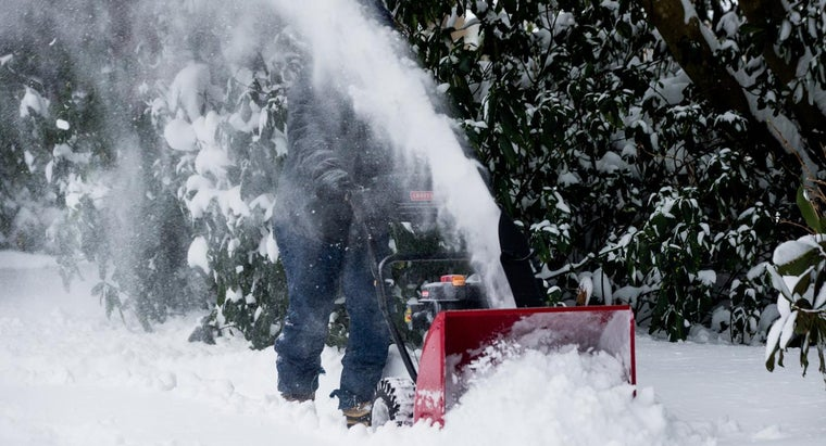 Where Can You Find Online Manuals for Toro Snowblowers?