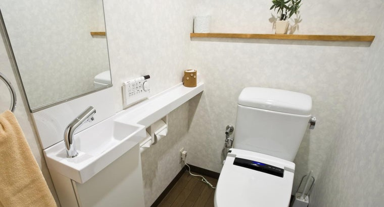 Where Can Find Photos of Small Bathrooms?