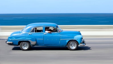 Where Can I Find a Price Estimator for Classic Cars?
