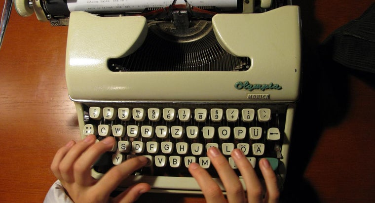 Where Can I Purchase a Manual Typewriter?