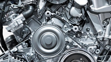 Where Can I Find Replacement Auto Parts Online?
