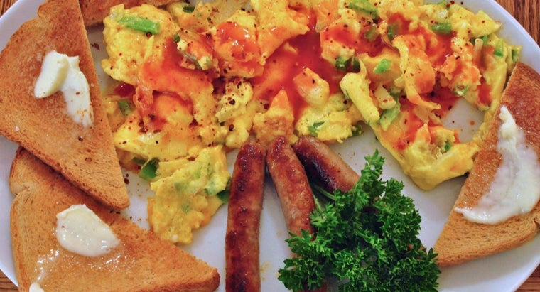 Where Can You Find Simple Recipes for Scrambled Eggs Online?