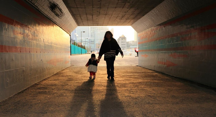 Where Can Single Mothers Find Assistance?