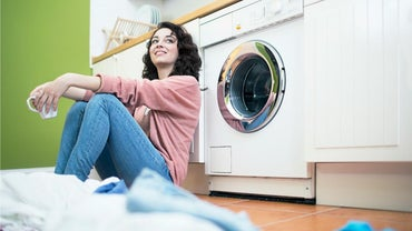 What Can I Use If I Ran Out of Laundry Detergent?