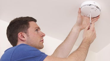 What Do You Do When a Carbon Monoxide Alarm Goes Off, Then Stops?