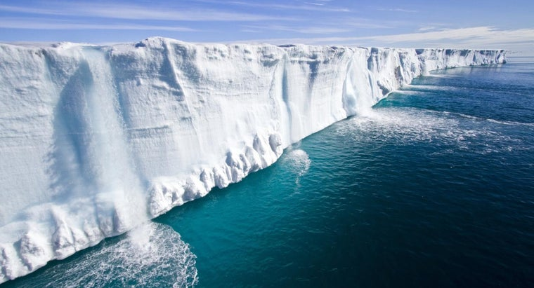 What Causes the Polar Ice Caps to Melt?