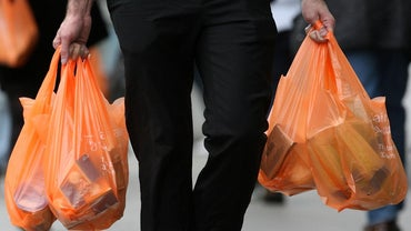 What Causes Suffocation With a Plastic Bag?