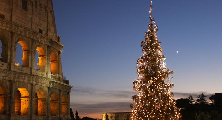 how do you celebrate christmas in italy - How Does Italy Celebrate Christmas