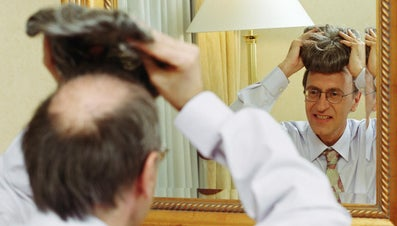 How Do You Choose Toupees for Men?