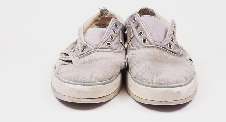 How Do You Clean White Canvas Shoes?
