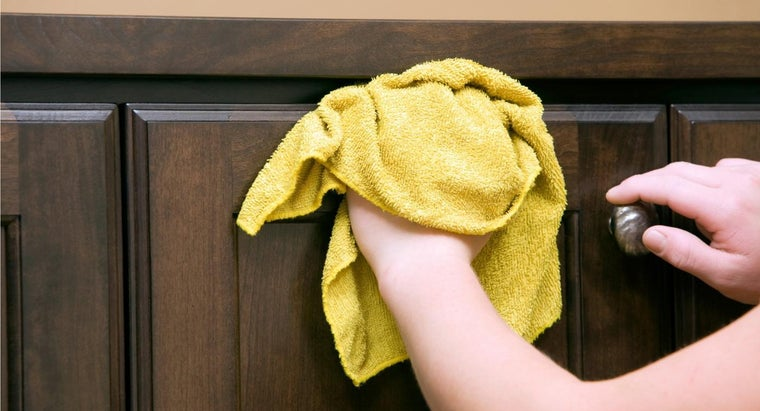 How Do You Clean Wood With Vinegar?
