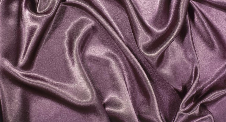 What Colors Go Well With Purple?