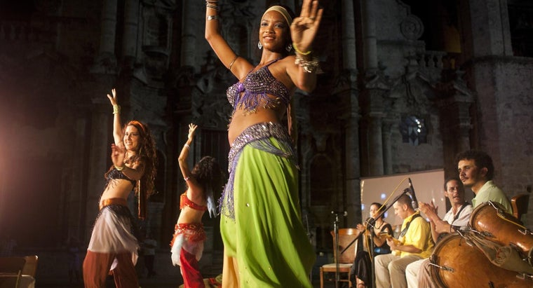 Are There Companies Online Who Will Provide Belly Dancing Workshops at Bridal Showers?