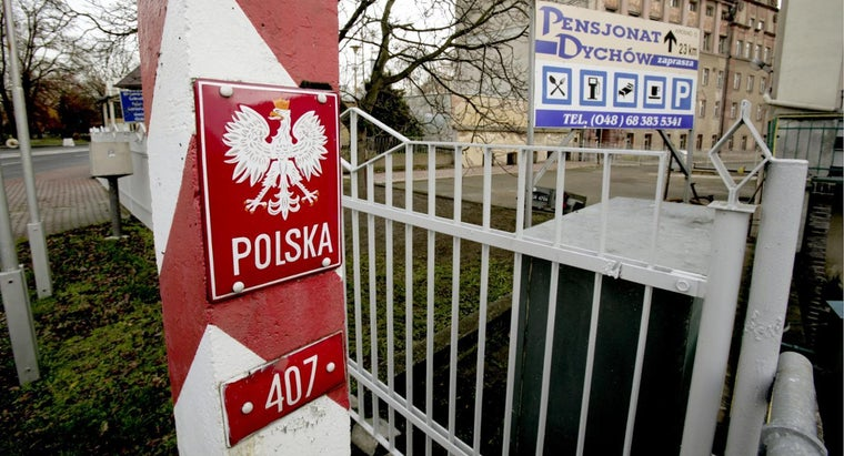 What Countries Border Poland?