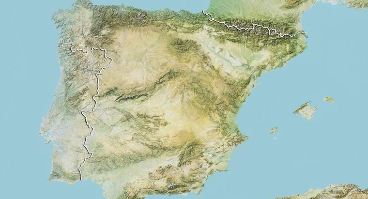 Which Countries Form the Iberian Peninsula?