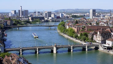 What Countries Does the Rhine River Run Through?