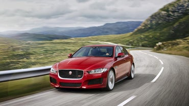 What Country Makes Jaguar Cars?