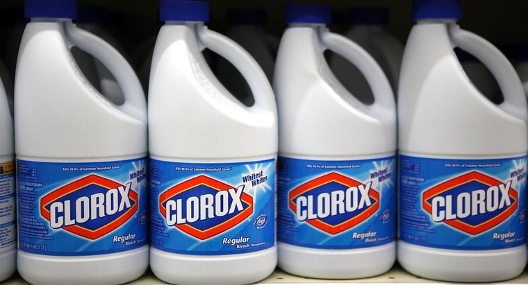 Is It Dangerous to Inhale Clorox Bleach?