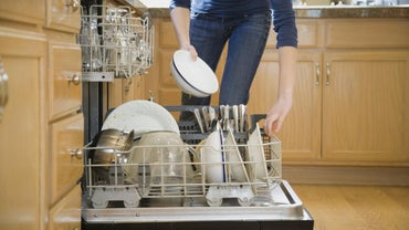 How Do You Deodorize a Dishwasher?