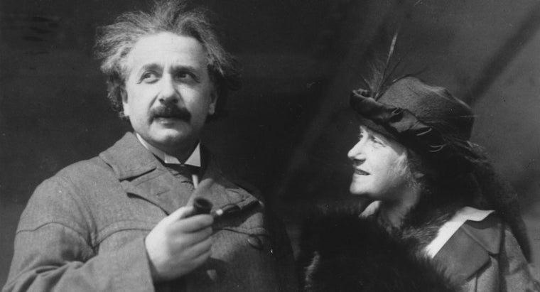 Did Einstein Marry His Cousin?