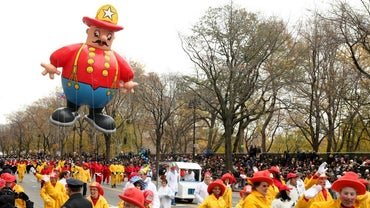 When Did the First Balloon Character Appear in the Macy's Thanksgiving Day Parade?