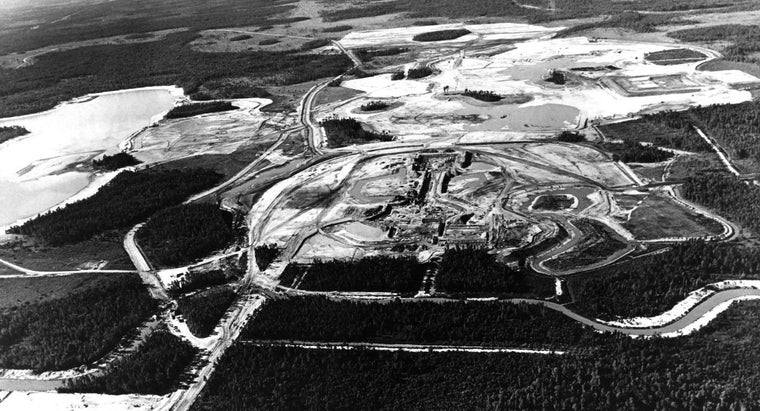 How Did Walt Disney Acquire the Land for Disney World?