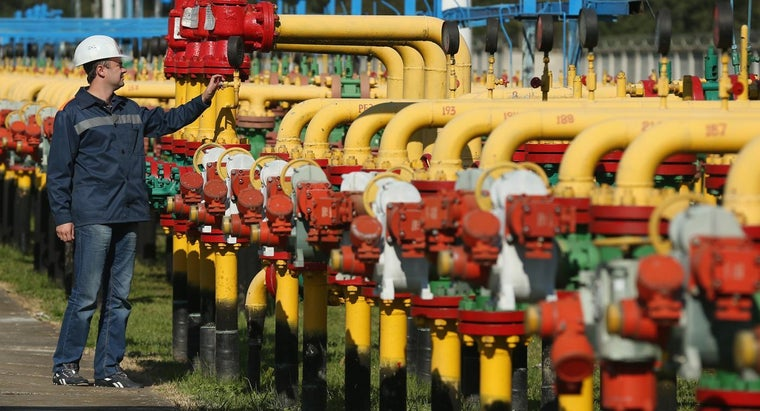 What Is the Difference Between 1 Mcf and 1 Mmcf of Natural Gas?