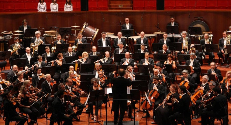 What Is the Difference Between a Band and an Orchestra?