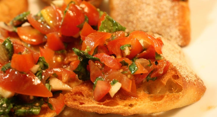 What Is the Difference Between Bruschetta and Crostini?