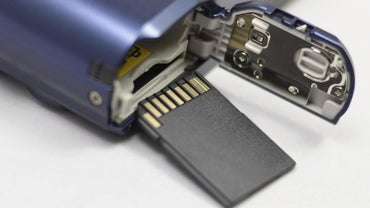 What Is the Difference Between MicroSD and MicroSDHC?