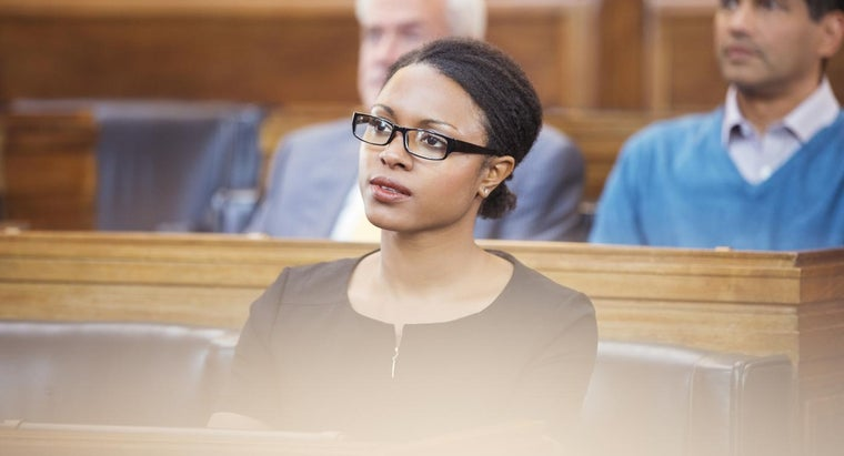 What Is the Difference Between the Plaintiff and the Defendant in a Court Case?