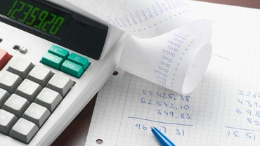 What Is the Difference Between Private and Public Accounting?