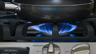 What Are the Differences Between Propane and Natural Gas Stoves?