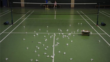 What Are the Dimensions of a Badminton Court?