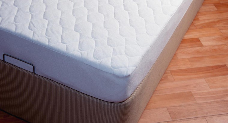 What Are the Dimensions of a Full-Size Bed?