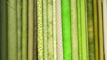 What Are the Dimensions of a Yard of Fabric?