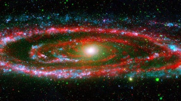 Who Discovered the Andromeda Galaxy?